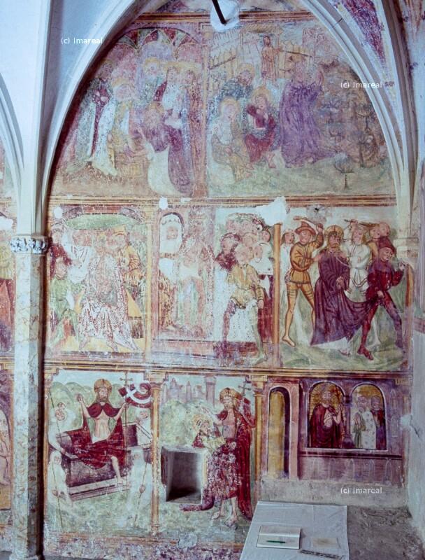 Christus segnet eine Frau vom Grab